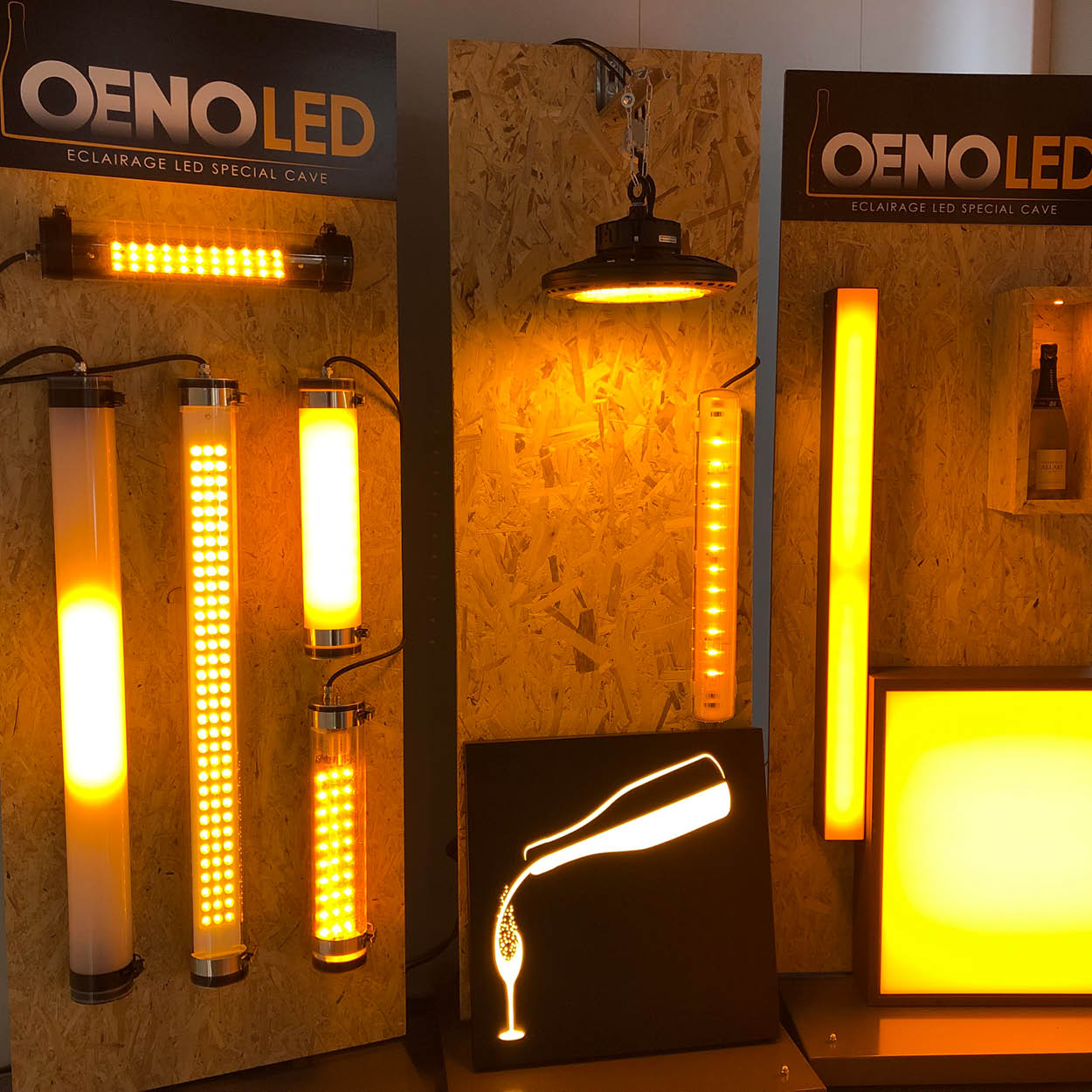 STAND-OENOLED-SHOWROOM-SCENEO